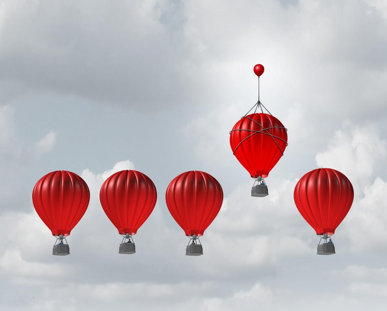DLF - Digital Leaders Fund - Fünf rote Ballons von denen der zweite von rechts höher steht als die Anderen
