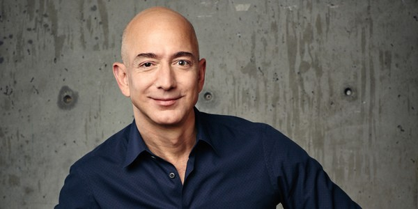 Amazon Aktie Investieren in Amazon Bild von Jeff Bezos