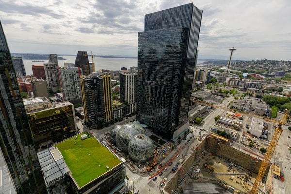 Amazon Aktie Investieren in Amazon Hauptquartier und Firmensitz von Amazon in Seattle