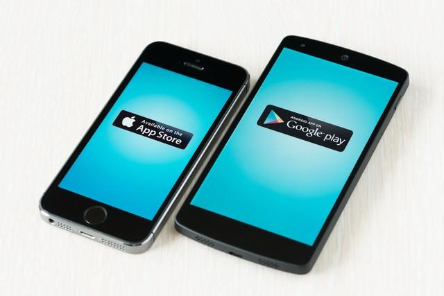 Kartellklage gegen Google und Apple - App Store und Google Play Store