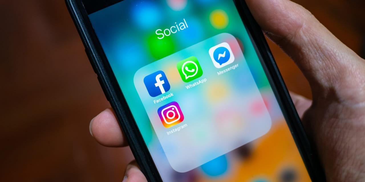 Facebook Apps Dominanz - WhatsApp Facebook Messenger und Instagram auf Handy