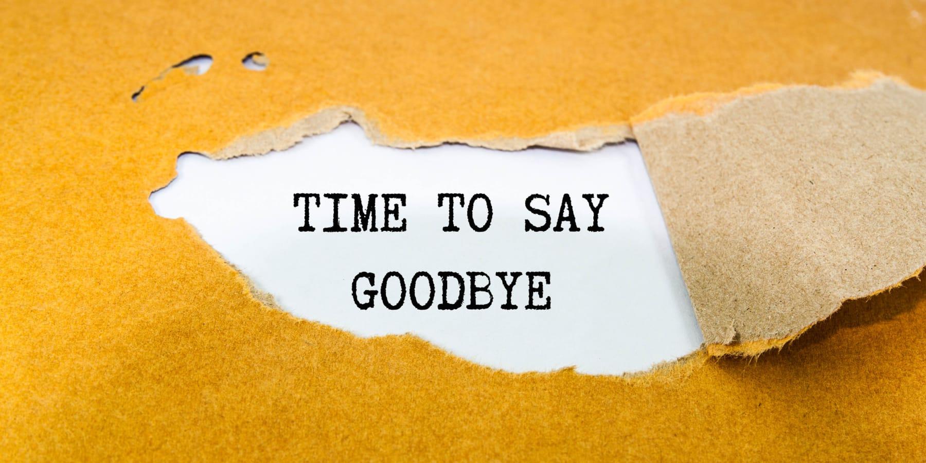 Pluralsight Aktie Übernahme - Papier mit Time to say goodbye Schriftzug